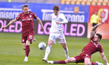 Ciprian Deac, Andrei Burcă și Octavian Popescu, într-un meci CFR Cluj - FCSB / Foto: Sport Pictures