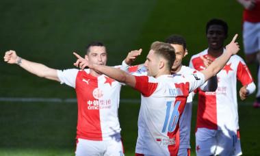 Fotbal - Mol Cup - Sparta - Slavia ( v bílo - červeném)