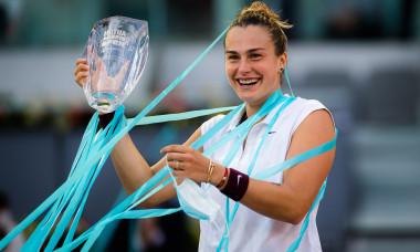 Aryna Sabalenka, după victoria cu Ashleigh Barty din finala WTA Madrid / Foto: Profimedia