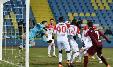Cristiano Figueiredo, într-un meci Hermannstadt - CFR Cluj / Foto: Sport Pictures