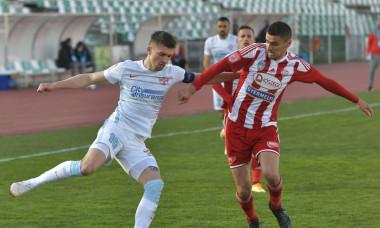 Gabriel Vașvari și Florin Tănase, într-un meci Sepsi - FCSB / Foto: Sport Pictures