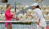 Simona Halep și Iga Swiatek, după duelul direct de la Roland Garros / Foto: Getty Images
