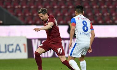 Ciprian Deac și Jonathan Rodriguez, într-un meci CFR Cluj - FC Botoșani / Foto: Sport Pictures