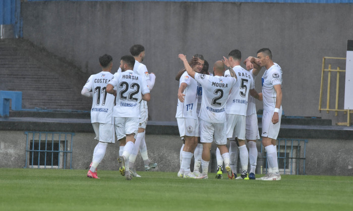 Jucătorii de la Gaz Metan Mediaș, în meciul cu Poli Iași / Foto: Sport Pictures