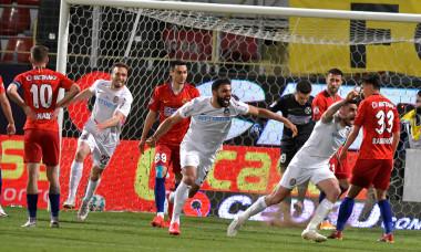 Andrei Burcă, după golul marcat în FCSB - CFR Cluj 1-1 / Foto: Sport Pictures