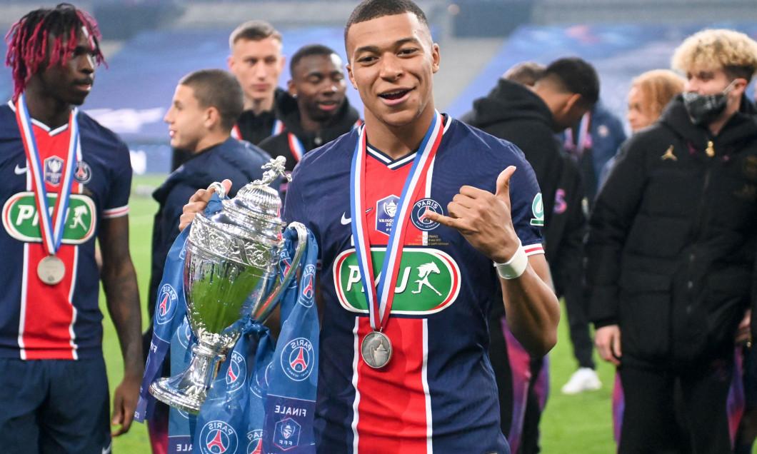 Le Paris Saint Germain (PSG) remporte la Coupe de France de football 2 ŕ 0 face ŕ Monaco au stade de France ŕ Saint-Denis