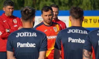 Nicolae Dică este antrenorul care conduce naționala U23 în cantonamentul din Spania / Foto: FRF.ro