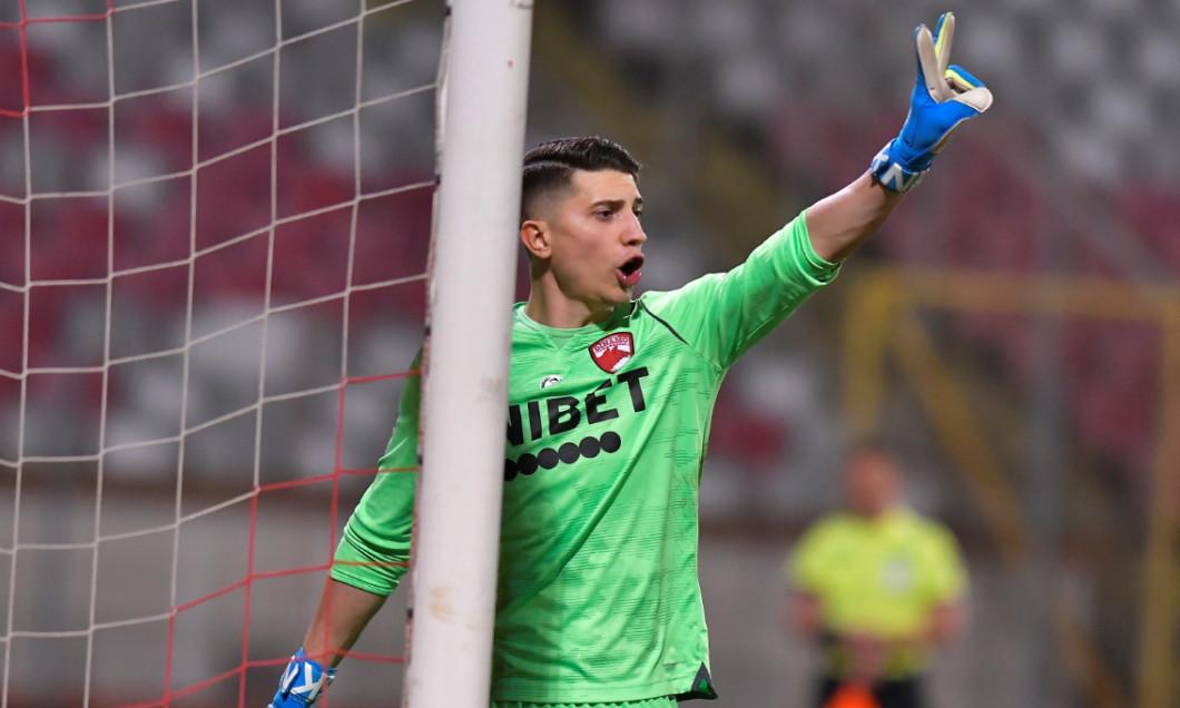 Mihai Eșanu, portarul lui Dinamo / Foto: Sport Pictures
