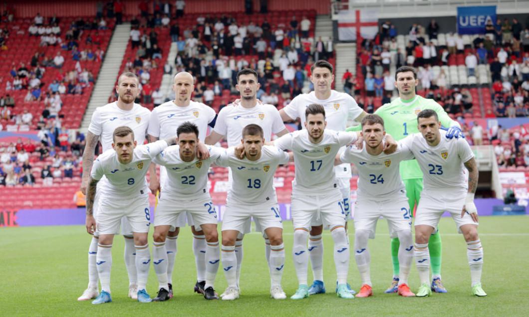 Fotbaliștii naționalei României, înaintea meciului cu Anglia / Foto: FRF.ro