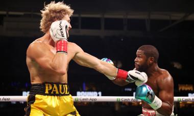 Floyd Mayweather v Logan Paul