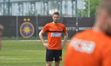 Stipe Vucur, la primul antrenament la FCSB / Foto: Facebook@FCSBOfficial