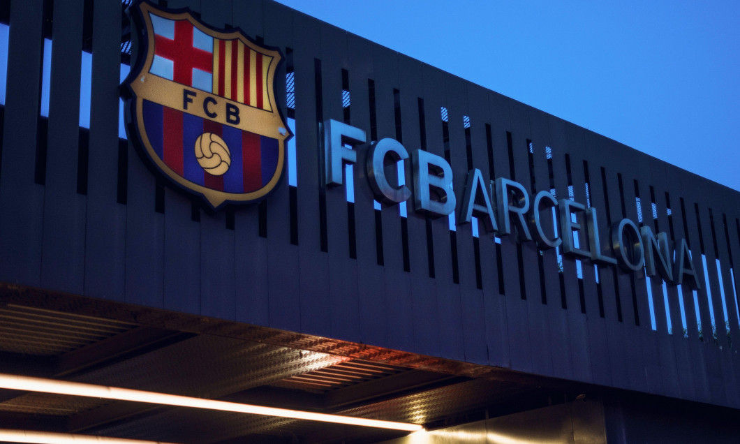 """Barcelona, Spain. 26th Aug, 2020. View of the FC Barcelona logo at the Camp Nou stadium after the six-time world footballer Messi announced that he wanted to leave the club. """"Together with the best player in history, we want to rebuild the team for the fu"""