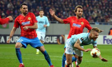 Valerică Găman, în meciul FCSB - Lazio din șaisprezecimile Europa League / Foto: Sport Pictures