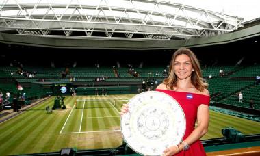 Simona Halep, după ce a câștigat Wimbledon 2019 / Foto: Getty Images
