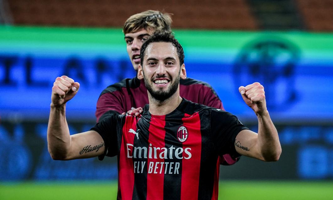 Hakan Calhanoglu, în tricoul lui AC Milan / Foto: Profimedia