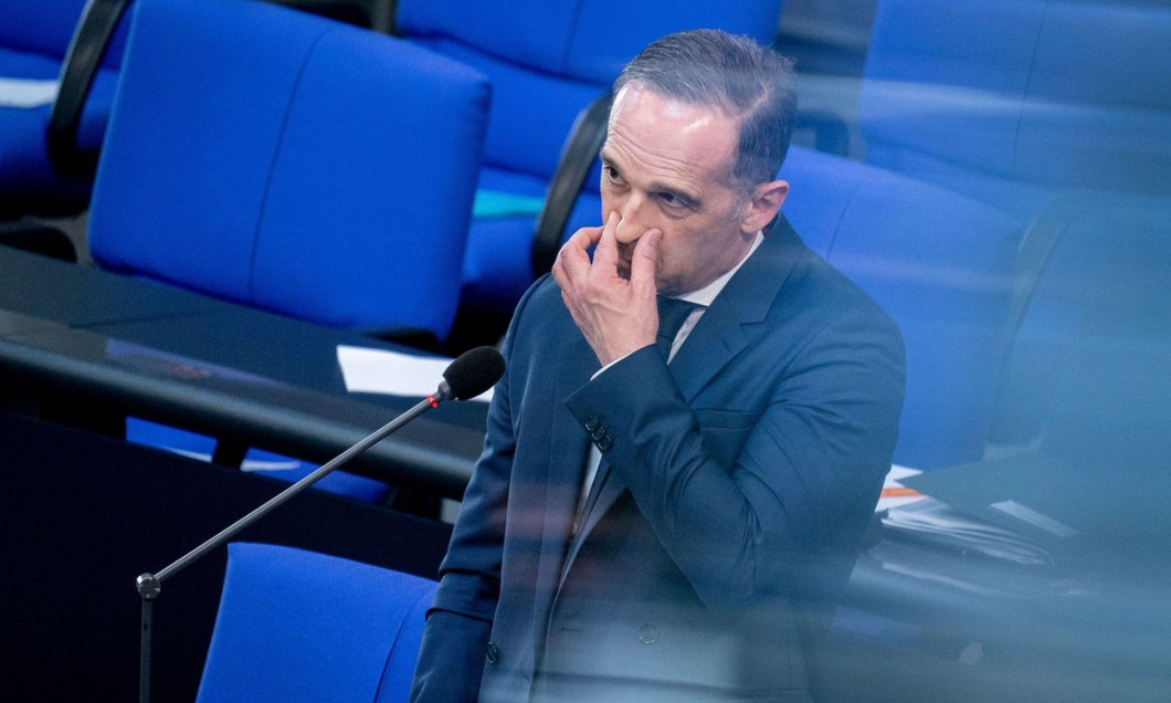 Berlin, Germany. 09th June, 2021. Heiko Maas (SPD), Minister of Foreign Affairs, faces questions from MPs during the questioning of the Federal Government at the Bundestag session. Credit: Kay Nietfeld/dpa/Alamy Live News