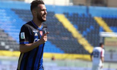 Marius Marin, după golul marcat în meciul Pisa - Cosenza din Serie B / Foto: Profimedia