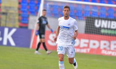 Stipe Vucur, fundașul central de la FCSB / Foto: Sport Pictures