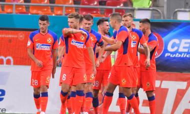 Andrei Dumiter, în meciul FCSB - Universitatea Craiova / Foto: Sport Pictures
