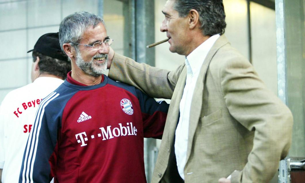 FUSSBALL: DFB POKAL 02/03, FC BAYERN MUENCHEN (AMATEURE) - FC SCHALKE 04