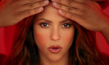 Shakira features in the Black Eyed Peas music video' Girl Like Me'