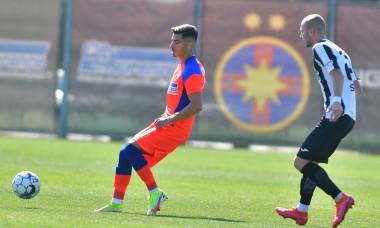 FCSB - Astra, 2-1 într-un meci amical / Foto: Facebook@FCSBOfficial