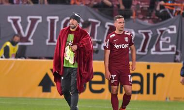 Iasmin Latovlevici și Alex Chipciu, după un meci CFR Cluj - Steaua Roșie Belgrad / Foto: Sport Pictures