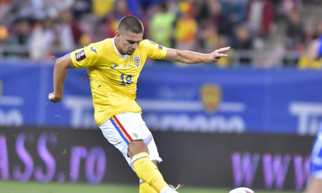 Răzvan Marin, în meciul dintre România și Liechtenstein / Foto : Sport Pictures