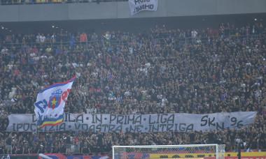 Suporterii FCSB-ului, la meciul cu Dinamo / Foto: Sport Pictures
