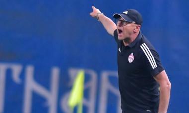 Leo Grozavu, antrenorul lui Sepsi / Foto : Sport Pictures