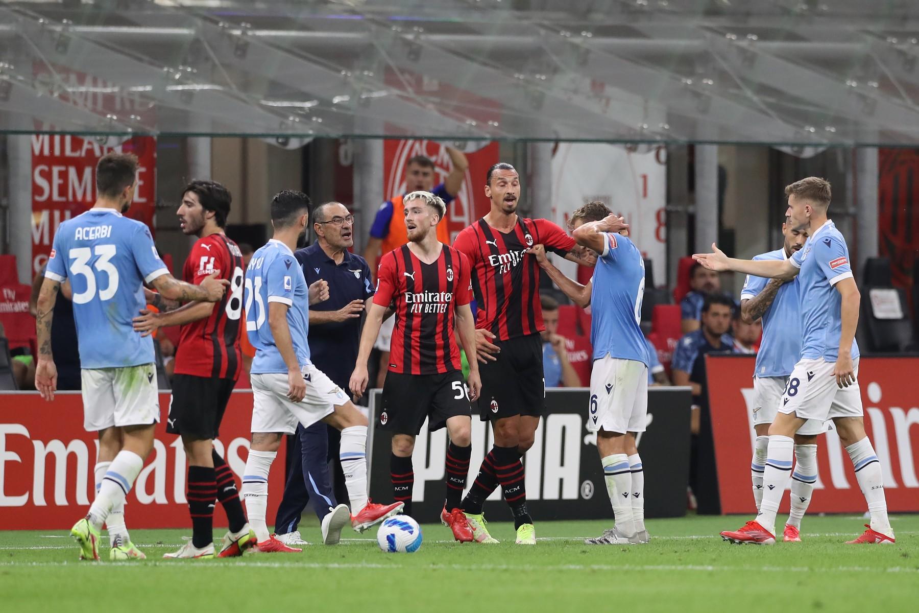 Maurizio Sarri a primit nota de plată după reacția nervoasă din meciul cu Milan! Ce sancțiune a primit antrenorul lui Ștefan Radu