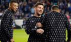 Lionel Messi, alături de Kylian Mbappe și Neymar, înaintea meciului cu Brugge / Foto: Profimedia