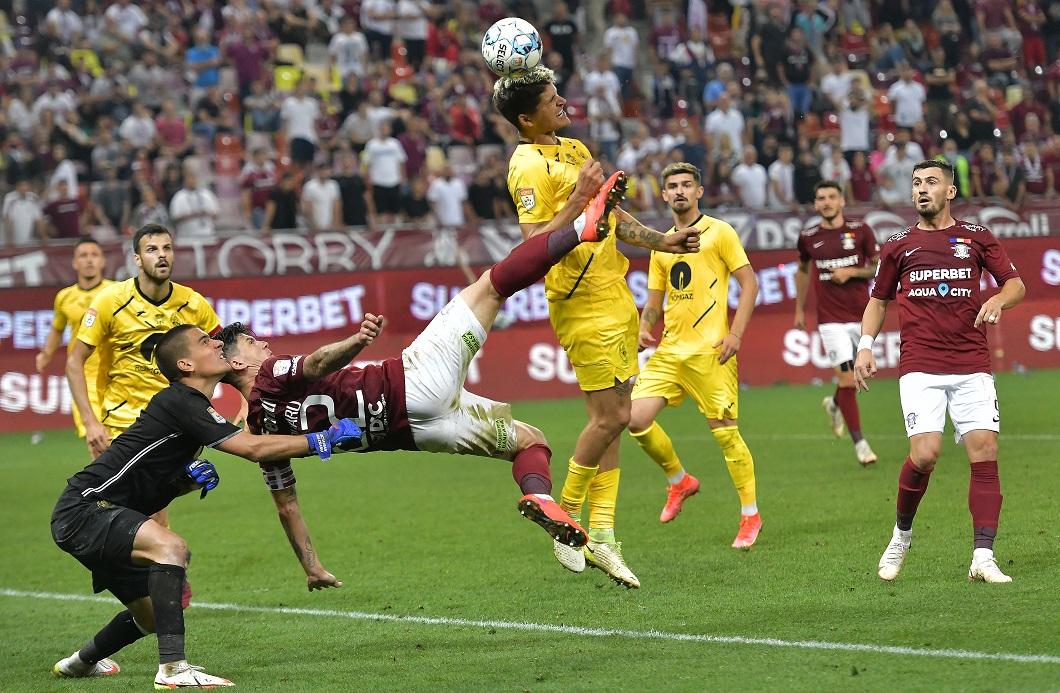 A fost sau nu penalty la Săpunaru? Faza care putea schimba scorul final în Rapid - Mediaș 1-2