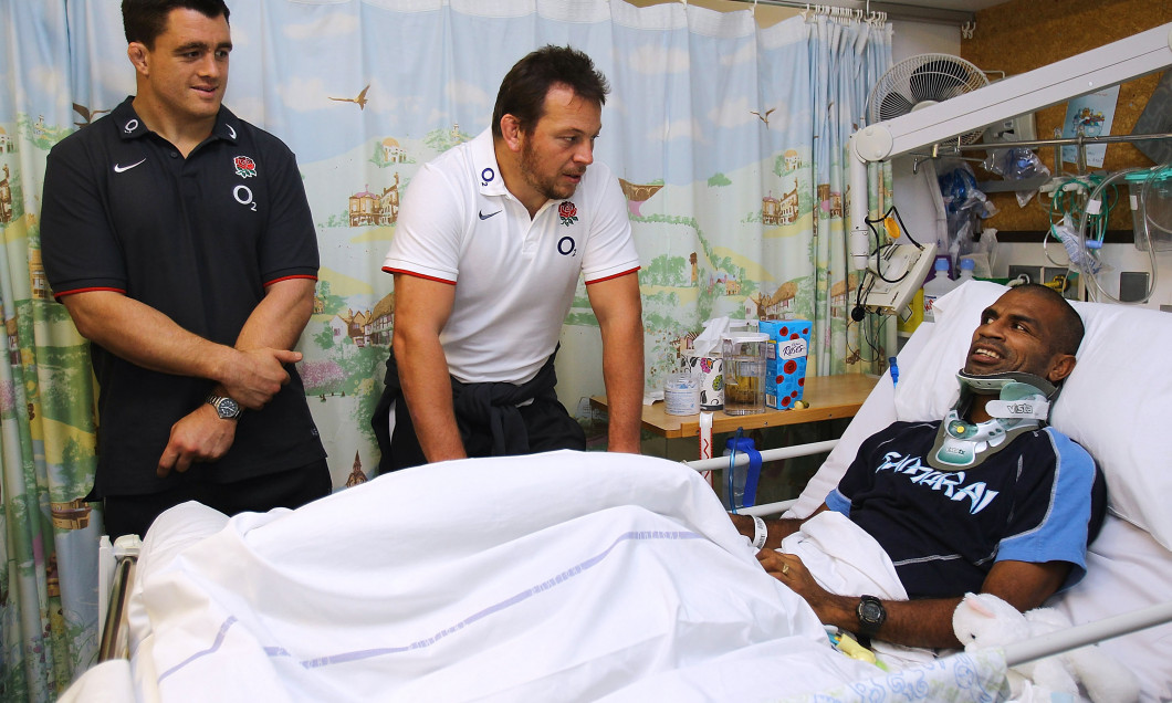England Rugby Union Players Visit Hospital