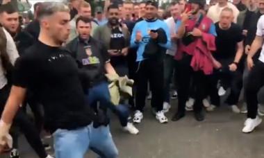 Fanii lui Aston Villa râd de Ronaldo