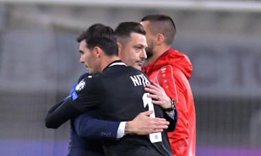 Mirel Rădoi și Florin Niță, după meciul Macedonia de Nord - România / Foto: Sport Pictures