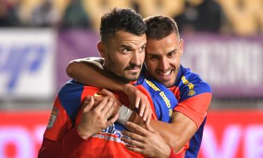 Constantin Budescu și Răzvan Oaidă, în meciul Chindia - FCSB / Foto: Sport Pictures