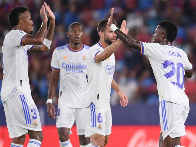 """Cu cine se apără Real Madrid în derby-ul cu Barcelona? Încă un fundaș titular, anunțat indisponibil pentru """"El Clasico"""""""