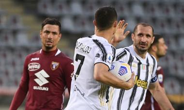 Cristiano Ronaldo și Giorgio Chiellini, într-un meci Juventus - Torino / Foto: Profimedia