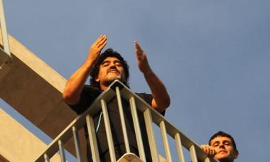 maradona in balcon napoli corriere dello sport