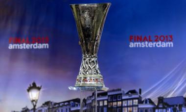 europa league trofeu tragere la sorti