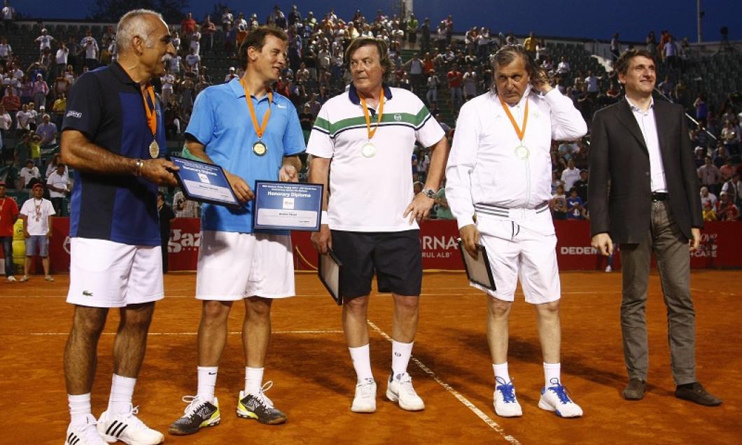 demonstrativ tenis