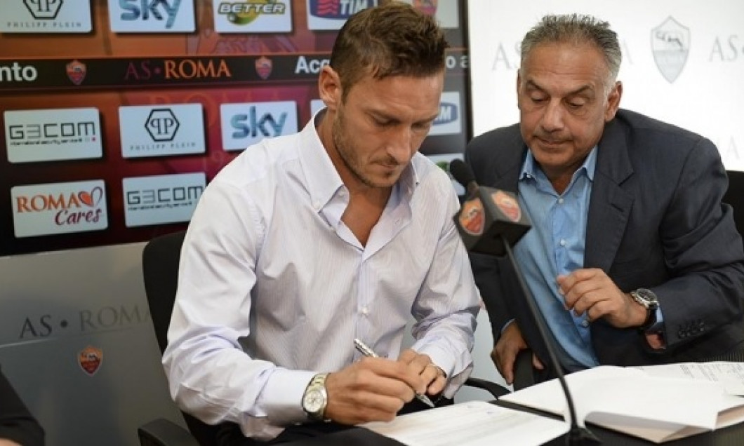 Totti contract