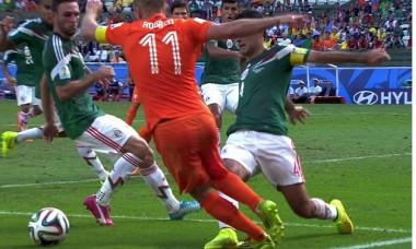 Robben penalty Olanda