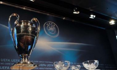 champions league trofeu urna
