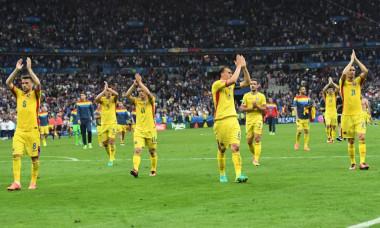 ROMANIA-aplauze