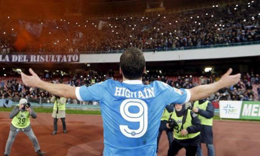 HIGUAIN 1