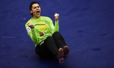 Denisa Dedu, exultă de bucurie după victoria naționalei de handbal cu Germania