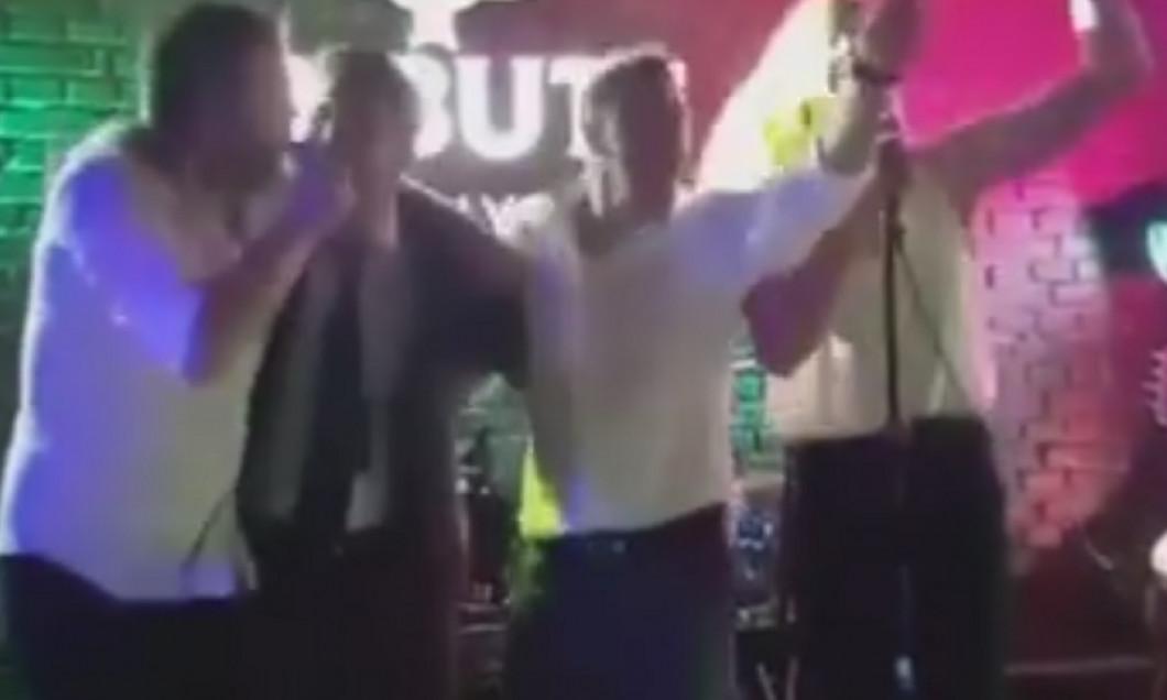 mutu karaoke
