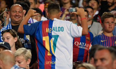 tricou barcelona - real